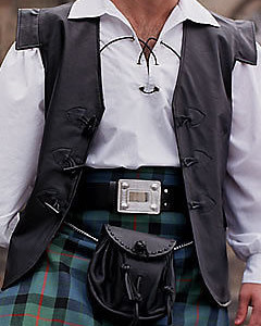Mens-Scottish-Pure-Leather-Jacobite-Toggle-Waistcoat-Vest-Kilt-Combo-V10